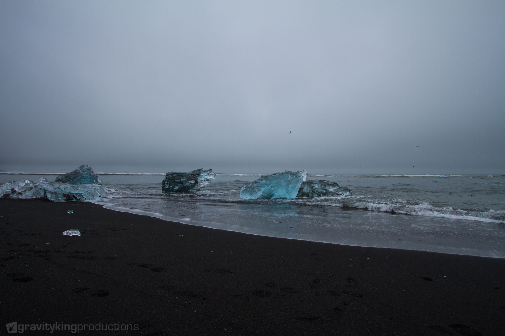 The famous glacier lagoon. Had to deal with 50+ fotographers.