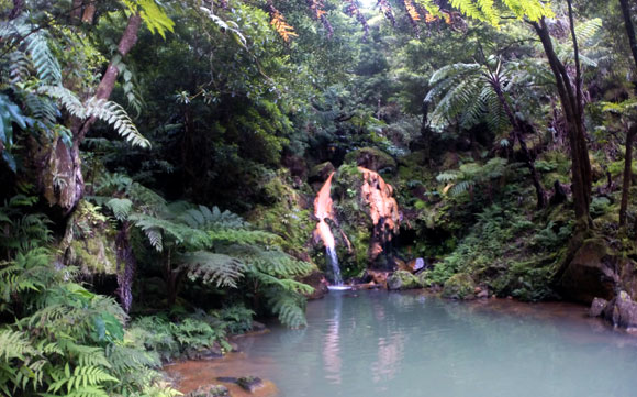 São Miguel hot springs
